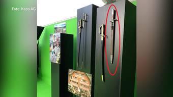 Historischer Degen an Oftringer Gewerbemesse gestohlen: Das Kuriose: Deutlich wertvollere Stücke daneben blieben unangetastet.