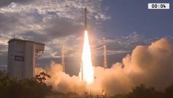 Der europäische Erdbeobachtungssatellit «Aeolus» ist am späten Mittwochabend vom Weltraumbahnhof Kourou in  Französisch-Guayana mit einer Trägerrakete erfolgreich ins All gestartet.