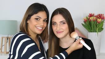 Natürlichkeit steht diesen Frühling hoch im Kurs. Vanessa zeigt dir die Trends und führt dich Schritt für Schritt zu deinem Frühlings-Make-Up.