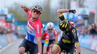 Mathieu van der Poel (l.) gehört nach seinen Erfolgen im Frühling zu den Favoriten.