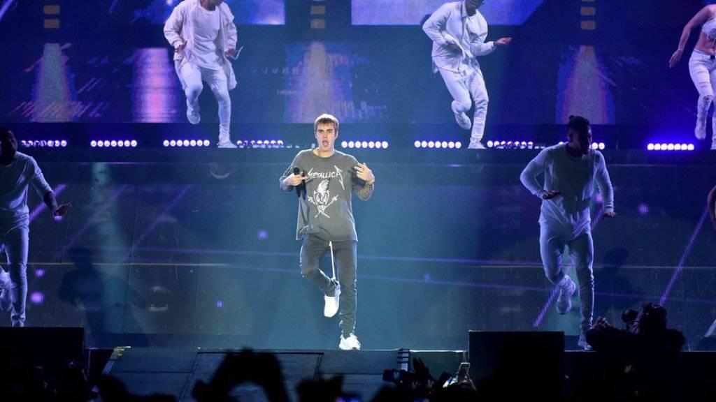 Justin Bieber, hier bei einem Tour-Konzert im polnischen Krakow, wird am 17. November auch im Zürcher Hallenstadion gutes Geld verdienen (Archiv)
