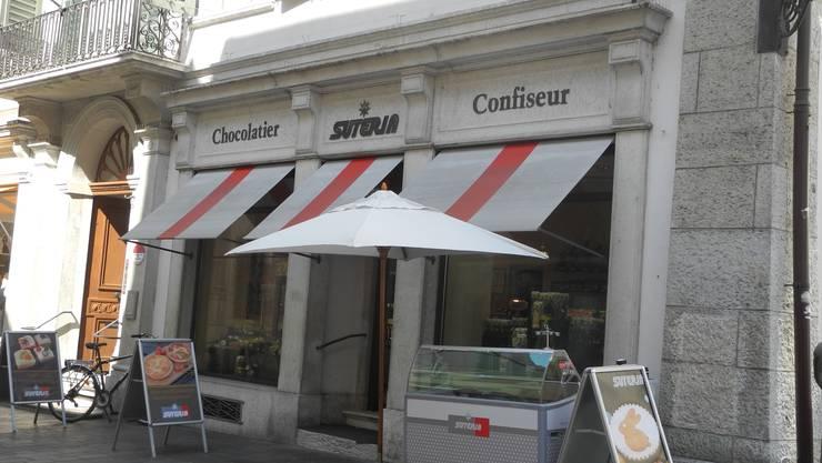 Hier in der Solothurner Altstadt werden die Produkte der Suteria verkauft. Produziert wird an der Hans-Huber-Strasse.