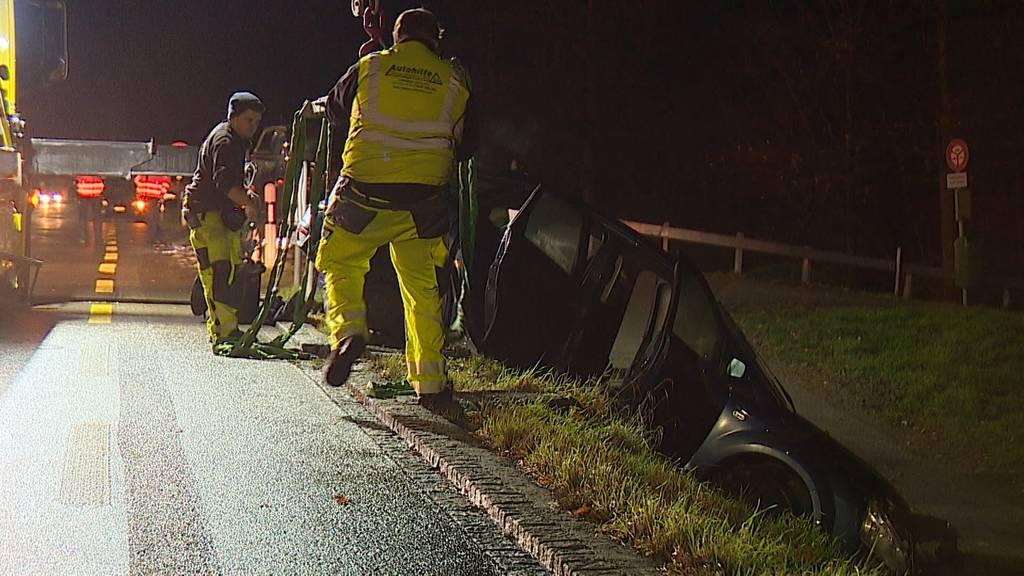 Roggwil (TG): Kollision zwischen zwei Autos fordert sechs Verletzte