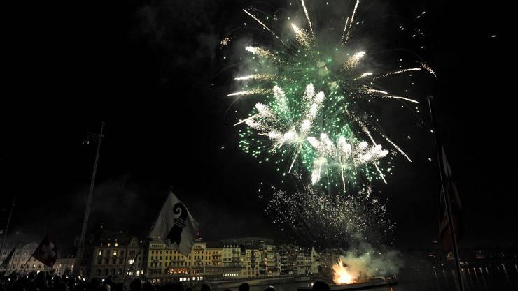 Feuerwerk am Rhein, wenn auch nicht so wie sonst. (Symbolbild).
