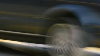 Mit 137 km/h über die Autobahn, als nur 80 km/h erlaubt waren (Symbolbild).