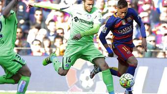 Barcelona (hier Neymar, rechts) enteilt Getafe. Am Ende steht es 6:0
