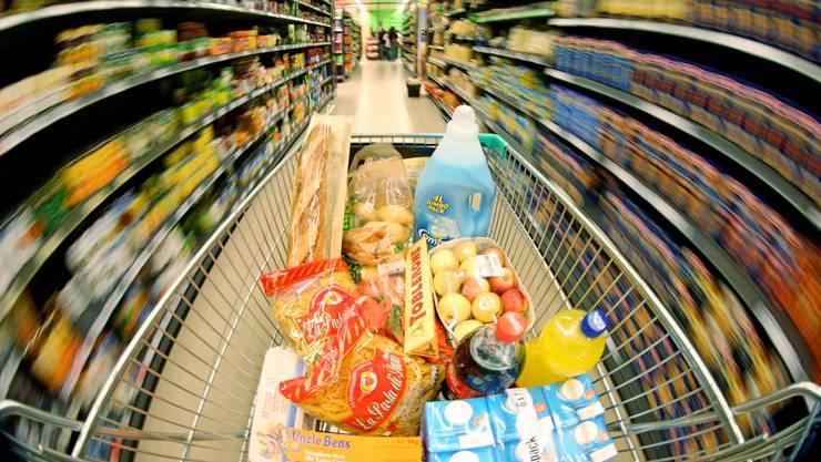 Die Gemeinde Geroldswil organisiert angesichts der Corona-Krise einen Einkaufsdienst für die Risikogruppe. (Archivbild)