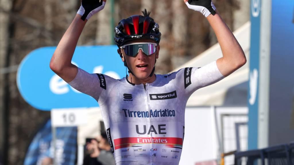 Tadej Pogacar, Teamkollege von Marc Hirschi beim Team UAE Emirates, gewinnt in Lüttich sein erstes Radsport-Monument