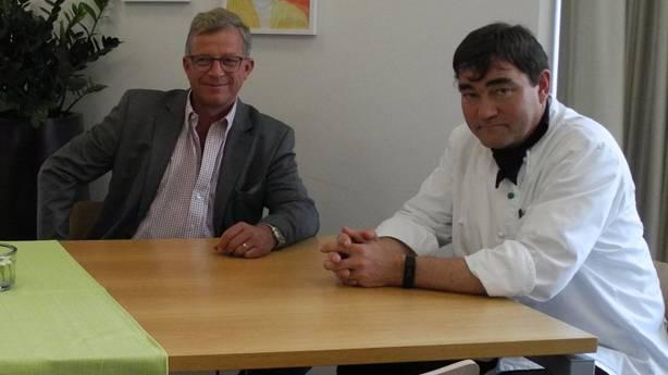 Zeka-Stiftungsleiter Ueli Speich (links) und Küchenchef Urs Vonesch.