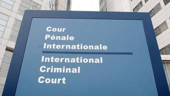 Aussenansicht des Internationalen Strafgerichtshofs im niederländischen Den Haag: Mitarbeiter werden der Spionage verdächtigt (Symbolbild)