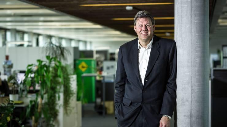 Roger Geissberger, Vizepräsident FC Aarau, 1989 Reiseorganisator.