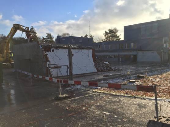 Baudirektor Markus Kägi (SVP) präsentierte am Dienstag in Zürich-Oerlikon, was heute schon alles möglich ist. 90 Prozent eines Gebäudes könnten wiederverwendet werden.