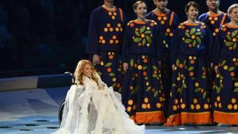 Julia Samoilowa 2014 bei der Eröffnungszeremonie der Paralympics in Sotchi. Dieses Jahr hätte sie Russland am ESC in Kiew vertreten sollen. Aber weil sie - aus Sicht der Ukraine - illegal auf der Krim aufgetreten ist, wird ihr die Einreise in die Ukraine verweigert. (Archivbild)