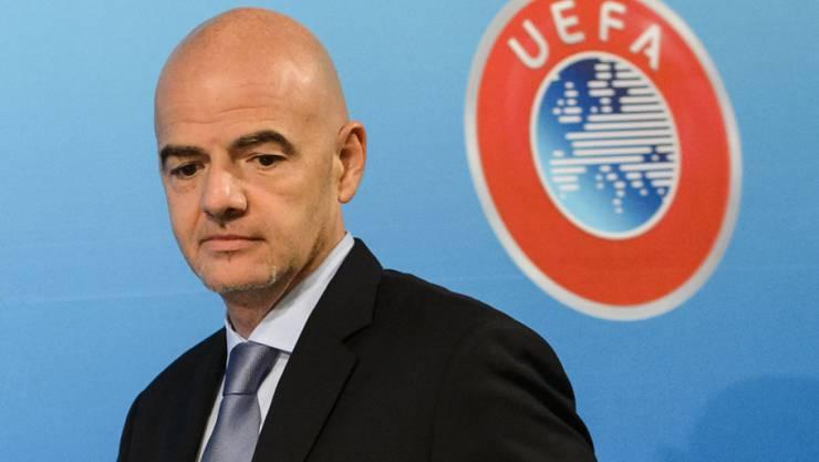 Prangt schon bald das FIFA-Emblem hinter Gianni Infantino?