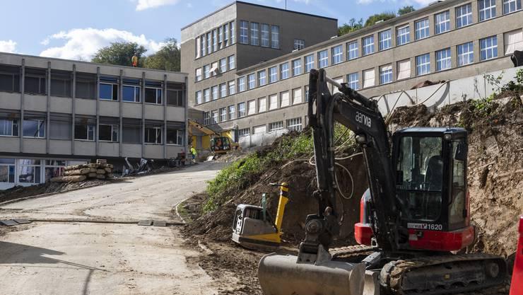 Impression von der Baustelle. Spatenstich Oberstufenzentrum Burghalde Baden, 24. September 2018