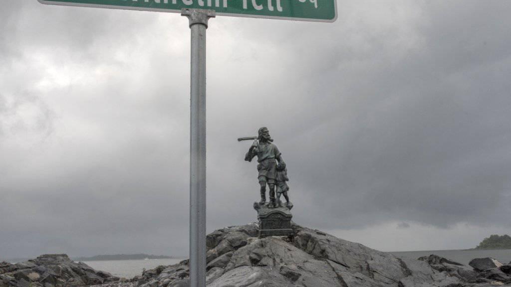 Unter anderem für seine Tell-Statue auf einer kleinen Insel in New York erhielt der Schweizer Künstler Gerry Hofstetter am Samstag eine Auszeichnung der «Swiss Society of New York».