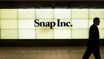 Der Finanzchef von Snap, Tim Stone, hat am Dienstag das Handtuch geworfen und die Aktien des Unternehmens gaben an der Börse deutlich nach. (Archivbild)