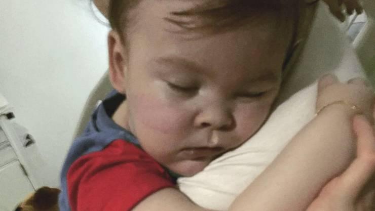 Der 23 Monate alte Alfie Evans leidet an einer schweren neurologischen Krankheit. (Archivbild)