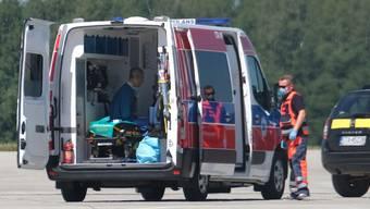 Erst eine Woche nach seinem Horror-Sturz konnte der niederländische Radprofi Fabio Jakobsen von Polen in seine Heimat geflogen werden