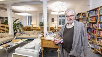 «Pädagogische Pionierleistung»: Stiftungsratspräsident Bernhard Bonjour in der Schule für offenes Lernen auf dem Liestaler Hanro-Areal.