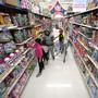 Die US-Konsumenten kaufen bei Walmart vermehrt übers Internet ein. Das Online-Geschäft der weltgrössten Supermarktkette boomt.(Archivbild)