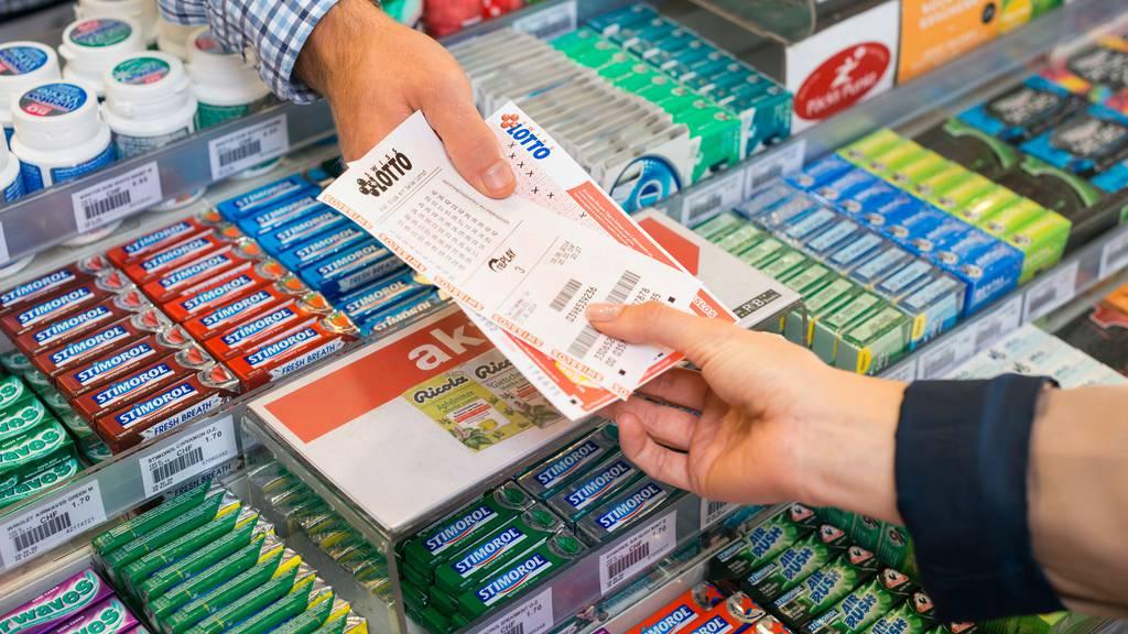 Schweizer lieben Lotto und Glückslose