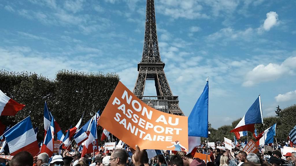 Erneut Massenproteste in Frankreich gegen Corona-Politik von Macron