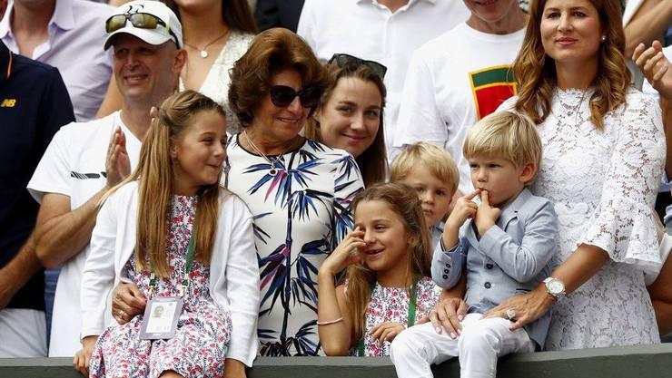 Fehlen in Paris: Roger Federers Frau Mirka und die vier Kinder.