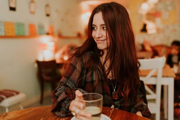"""Die Sängerin Linah Rocio (eigentlich Carolina Stiles) hat den Sprung ins Ausland geschafft: Ihr zweites Album """"Warrior Talk"""" wird bei Aveline Records in England erscheinen."""