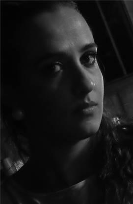 Lubna Abukhair (26), syrische Theaterregisseurin und Schauspielerin.