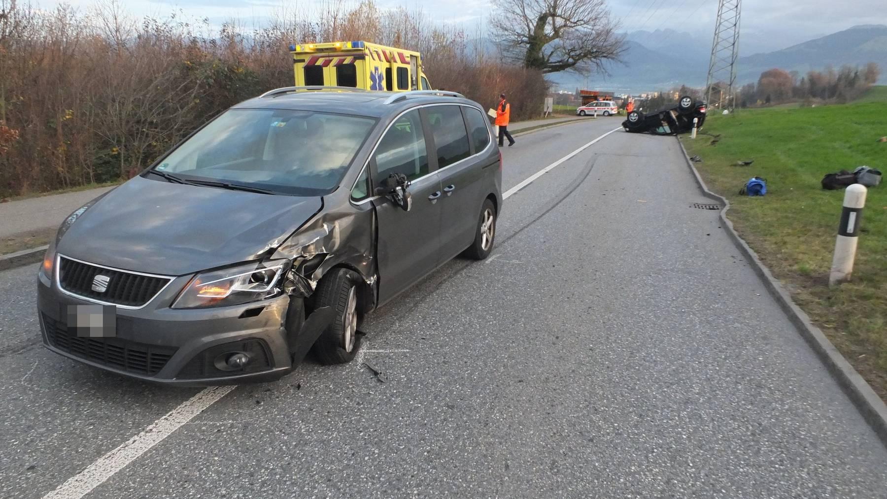 Kollision zwischen zwei Autos in Rapperswil-Jona.