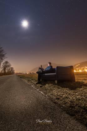Das ,,gratis zu verkaufen - Sofa,, im Feld bei Oensingen. Um auf Littering hinzuweisen gilt es inzwischen in der Facebook Gruppe ,,Du bisch vo Oensingen wenn..,, schon als Selfie Checkpoint. Wird es evtl. schon bald bekannt um ein Zeichen zu setzen?