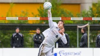 Der Auensteiner Tim Egolf spielt als Angreifer beim STV Oberentfelden. zvg