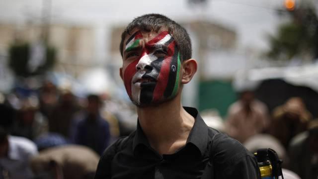 Gegner Salehs wagen sich trotz Unterdrückung des Protests auf die Strasse