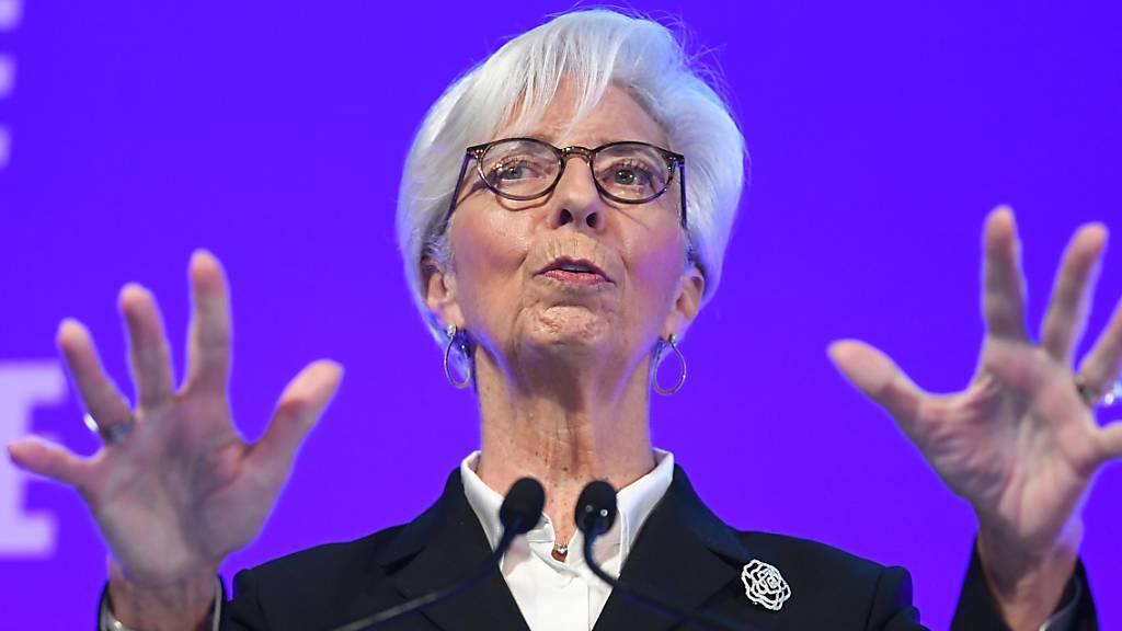 Einschwören auf gemeinsame Positionen: Die Chefin der Europäischen Zentralbank Christine Lagarde findet den Massnahmenplan von Deutschland und Frankreich zur Linderung der Coronavirus-Krise gut. (Archivbild)