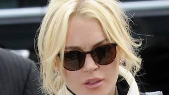 Lindsay Lohans aufdringlicher Verfolger muss Abstand halten
