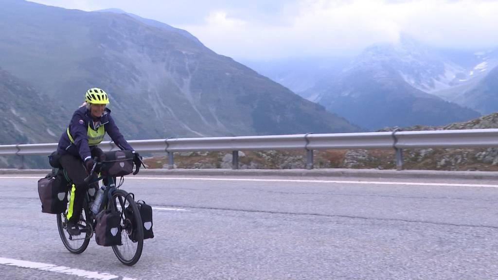 40'000 Höhenmeter auf dem Velo: Heidi Mettler strampelt für Kinder in Not