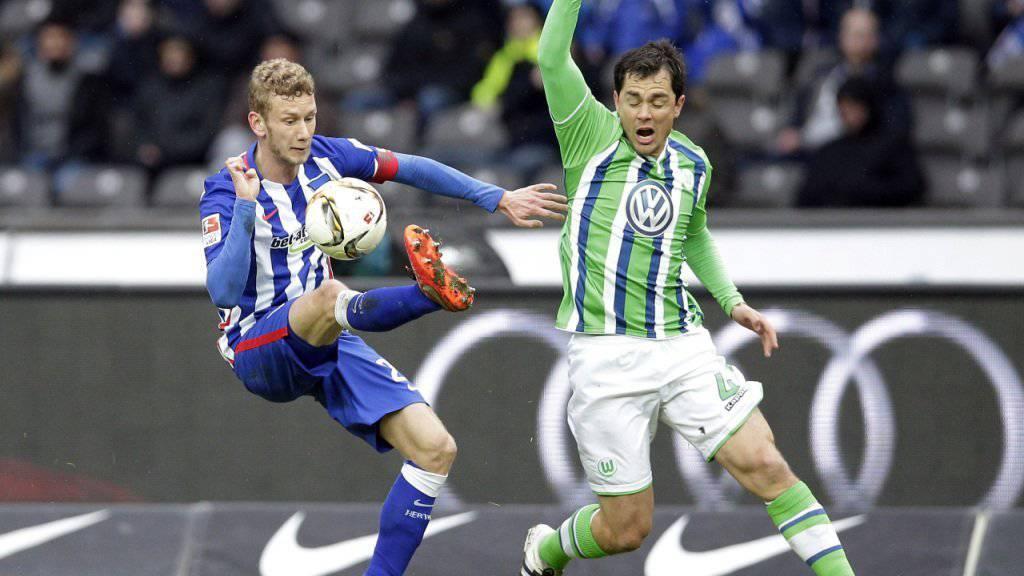 Fabian Lustenberger (links) kämpft mit Hertha Berlin um die Teilnahme in der Champions League