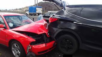 Unfall auf der A1 - 13 Fahrzeuge waren involviert