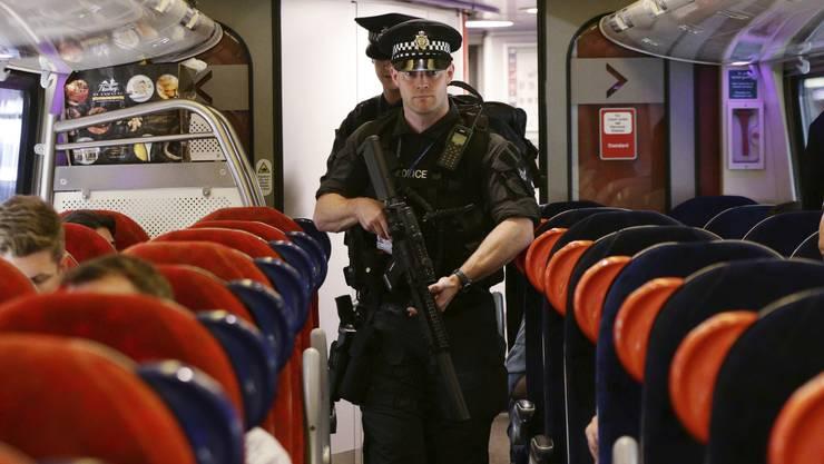 Nach dem Terroranschlag in Manchester hat die Polizei am Freitagmorgen einen weiteren Verdächtigen festgenommen.