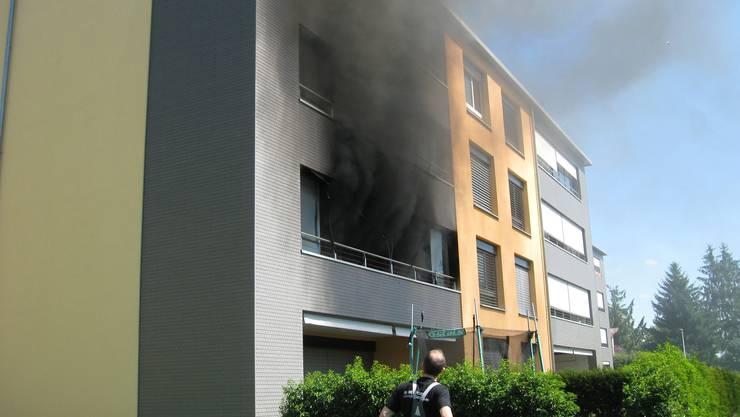 Balkonbrand in Oftringer Mehrfamilienhaus