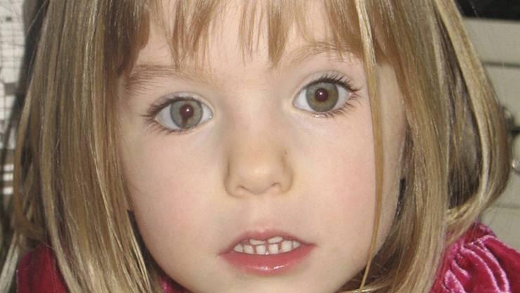 """ARCHIV - Madeleine """"Maddie"""" McCann auf einem undatierten Kinderfoto vor ihrem Verschwinden 2007. Foto: ---/PA / AP/dpa - ACHTUNG: Verwendung nur bis zum 16. Juni 2020"""