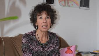 In ihrem «Arbeitszimmer» in Olten vermittelt Judith Baisotti zwischen Personen aus dem Diesseits und dem Jenseits.