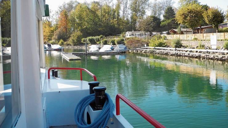 Hier gilt Maskenpflicht: auf den Aussendecks der Schiffe der BSG. Dasjenige im Bild ist von Solothurn nach Biel unterwegs.