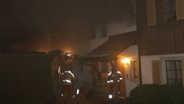 In diesem Haus brannte es letzte Nacht.