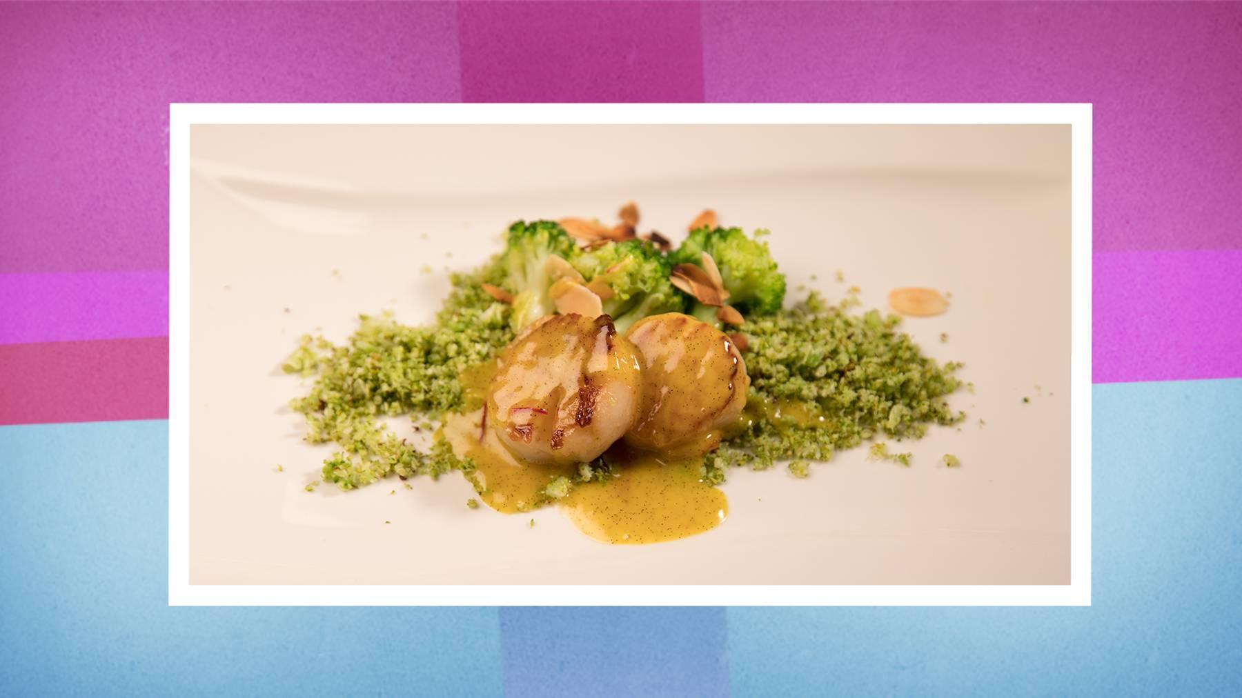 Die Vorspeise: Jakobsmuscheln mit Broccoli-Couscous.
