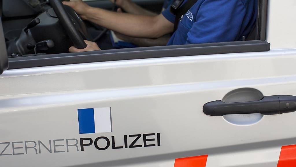 Bei Malters LU musste die Kantonspolizei Luzern wegen eines Erdrutsches ausrücken. (Symbolbild)