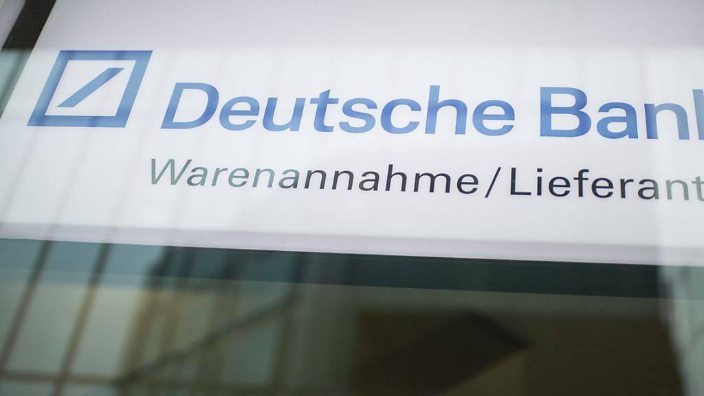 Ableger der Deutschen Bank in Zürich: Die Schweizer Tochter des Unternehmens bezahlt in den USA eine Millionen-Busse. (Archiv)