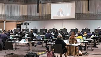 Nicht nur auf der Leinwand in der Umwelt Arena, auch im Livestream wird die Grossratssitzung heute übertragen.