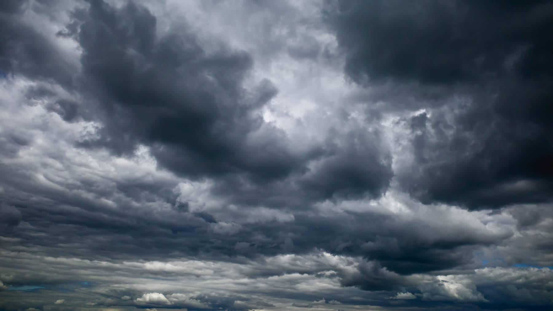 Symbolbild Regenwolken